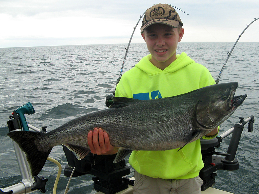 Henderson Harbor Fishing with Milky Way Charters - Chase with 1st ever King!!