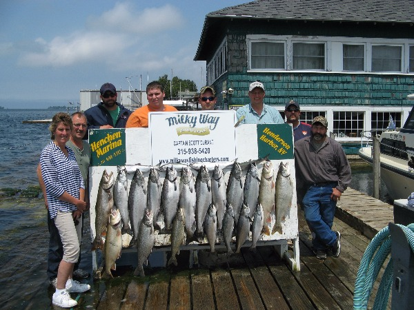 Nice Catch of Salmon  Lakers on 3 Boat Corporate Charter!