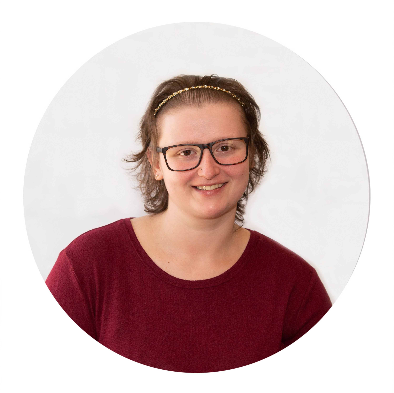Cassie Houppert: Office Manager
